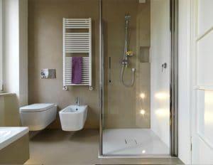 Hoe een gietvloer in de badkamer plaatsen?