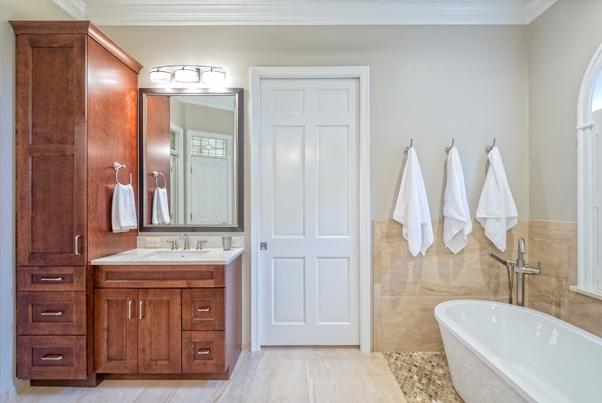 Hoe een landelijke badkamer inrichten?