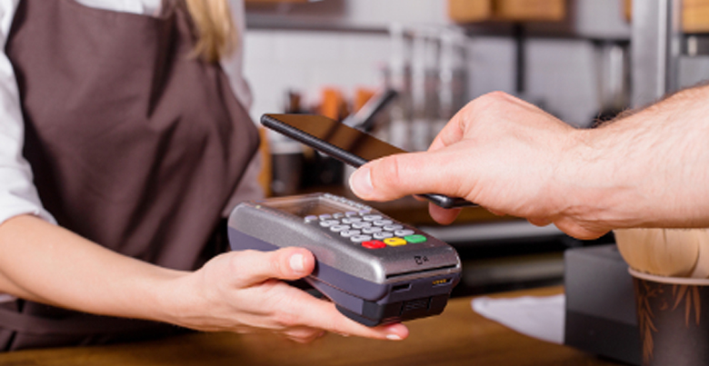 Is een betaalterminal via smartphone wel voordelig voor mijn handelszaak?