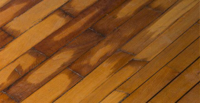 Vocht houten vloer