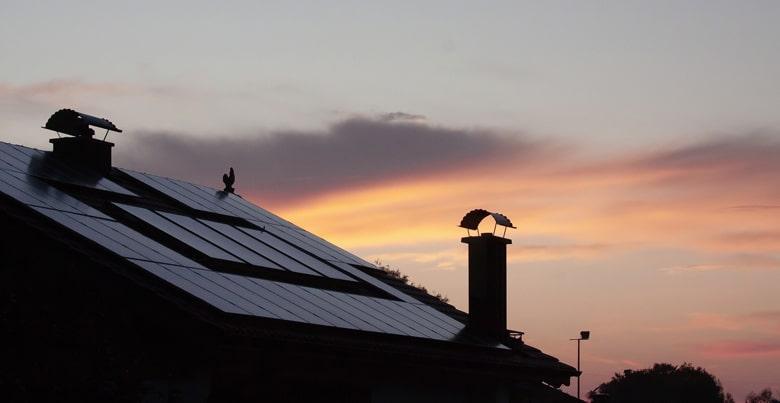 [FAQ] Levensduur zonnepanelen: hoe lang gaan ze echt mee